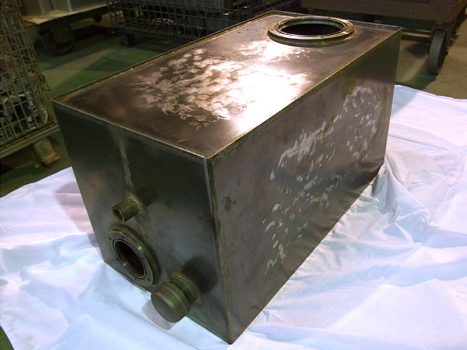 オイルタンク